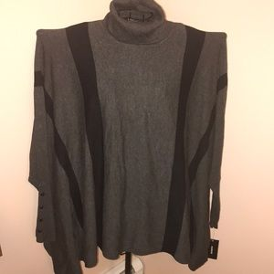 Alfani T Neck Poncho Cape Size Large